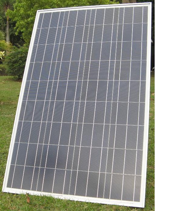 100 ваттная солнечная панель (100 Вт, 18 В, 5.55 А, 997x664x35 мм) - вид спереди
