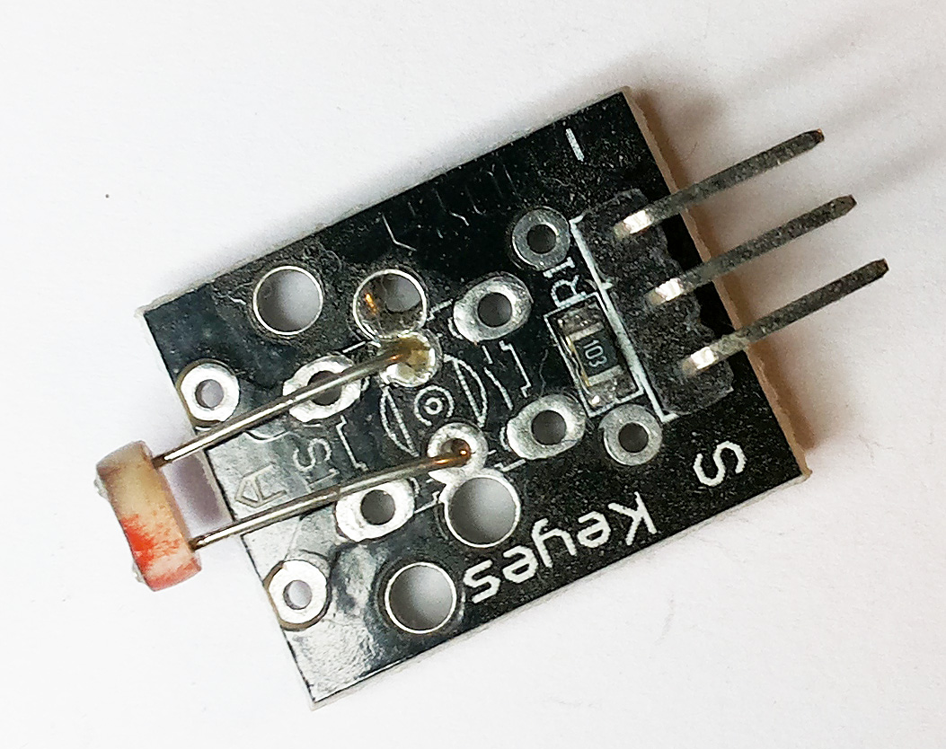 """""""KY-018″ – светочувствительный модуль с фоторезистором"""